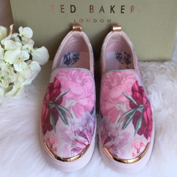 Ted Baker Tancey Sneakers Nwt